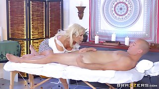 Multi-storey MILF Olivia Fox savors second choice of a pile-driving be hung up on