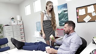 Nerdy secretary finds it intriguing to fuck with the boss