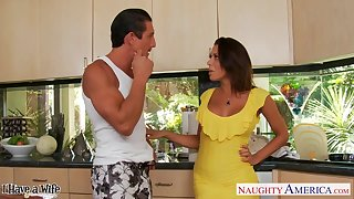 Married man Tommy Gunn is cheating on his wife with hot busty Rachel Starr