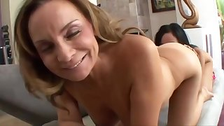 Mom and 18 years grey lesbians - hot porn motion picture