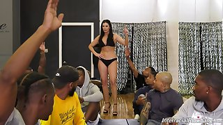 Mature pornstar India Summer gets vulnerable her knees for interracial gangbang